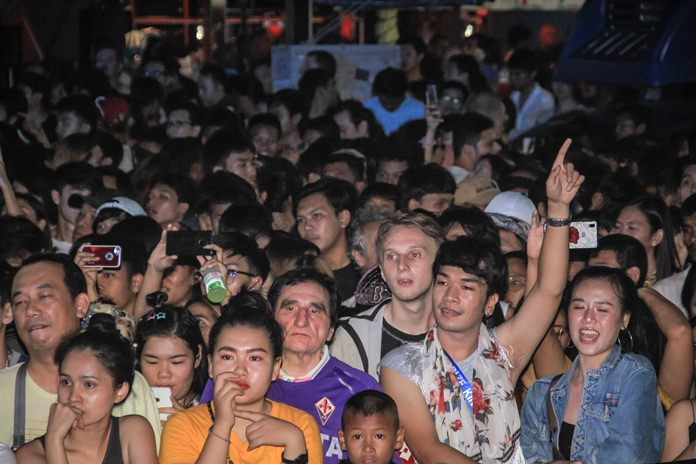 Music fans had a great time in general as the stage activities continued till late.