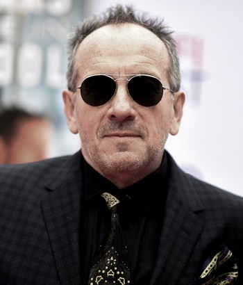 Musician Elvis Costello is shown in this Nov. 12, 2017 file photo. (Photo by Richard Shotwell/Invision/AP)