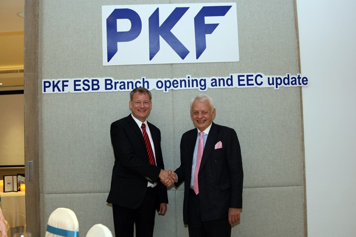 Global CEO of PKF International John Sim (right) congratulates CEO of PKF Holding Ltd. Thailand Andrew McBean (left) on the launch of PKF's first office in Pattaya.