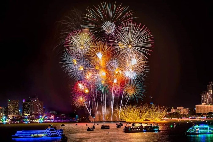 This photo won Tithipong Sukpaiboonwat first place in the Pattaya International Fireworks Festival contest.