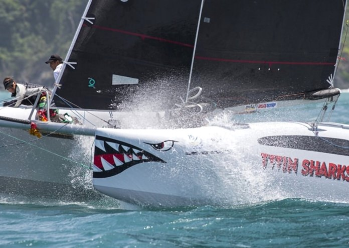 The team on Twin Sharks were dominant once more in the Firefly 850 class.
