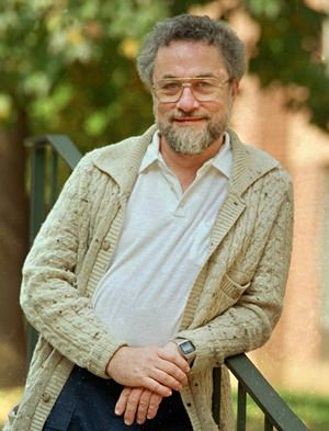 Adrian Cronauer is shown in this October 1987 file photo. (AP Photo/Charles Krupa)