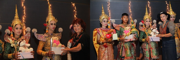 After a most thrilling Khon performance, the artists receive gifts of appreciation from Elfi Seitz and Nittaya Patimasongkroh.