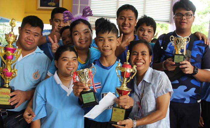 The blue team also won several trophies.
