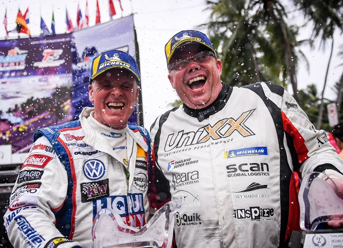 Thomas Raldorf (right) and Franz Engstler celebrate their second place finish in Bang Saen.