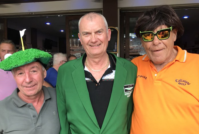 Mark Effendie (centre) with Bobby Shirkey (right) and Bill Maxwell.