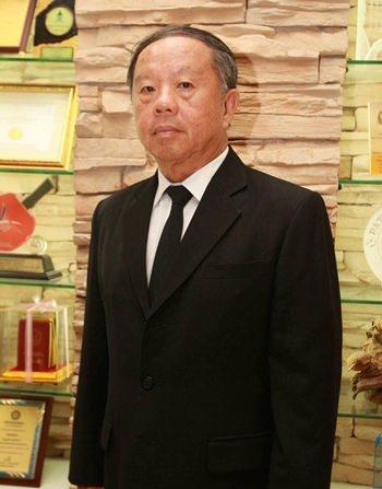 Pattaya Deputy Mayor Bandit Kunnajukr has resigned, citing health problems.