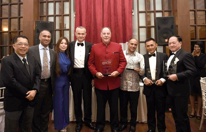 Philippe Guenat MD of PMG Marine Complex - Bakri Cono Shipyard receives the 'Maritime Company of the Year 2015 (Asia)' Award at the MIS.M Maritime International Showcase Malaysia.