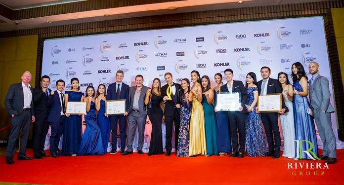 Winston and Sukanya Gale (centre) together with close friend Rony Fineman and the Riviera family pose for a group photo at the Thailand Property Awards 2018.