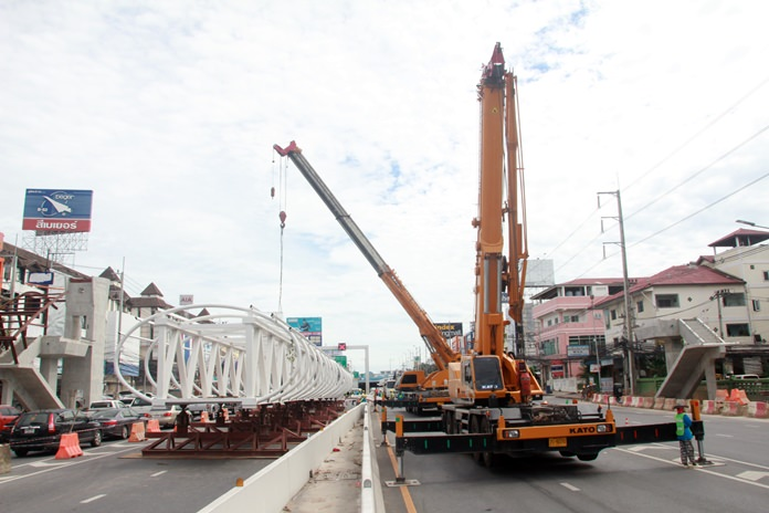 Pattaya endured days of traffic chaos again as parts or all of Sukhumvit Road and the Central Road bypass tunnel were closed for construction of a wheelchair-accessible pedestrian bridge.