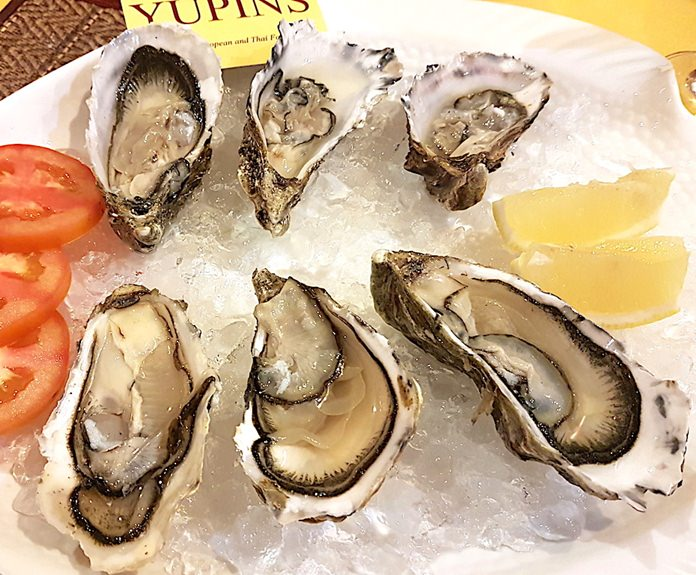 Fines De Claires Oysters at Yupins.