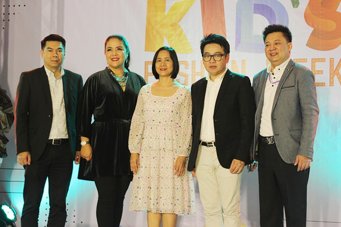 Darada Phanthusak, vice president of PTS Holdings Group, opened the show with Pattaya business leaders.