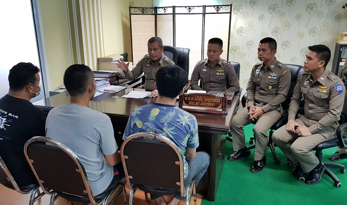 Police arrested three Thai men who stabbed a Lebanese tourist who rammed their motorbike, but failed to apologize.