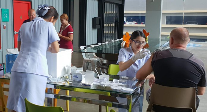 Nurses from Phyathai Hospital Sriracha again this year provided flu vaccinations to PCEC members, guests, and their families. The PCEC makes the arrangements as a convenient way to get and pay for the annual vaccination during a regular PCEC meeting.