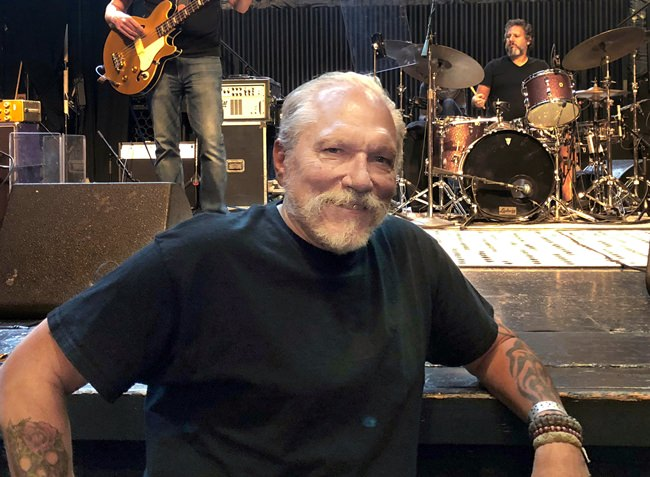 Jorma Kaukonen poses for a photo before a Hot Tuna gig at the El Rey Theatre in Los Angeles. (AP Photo/John Rogers)