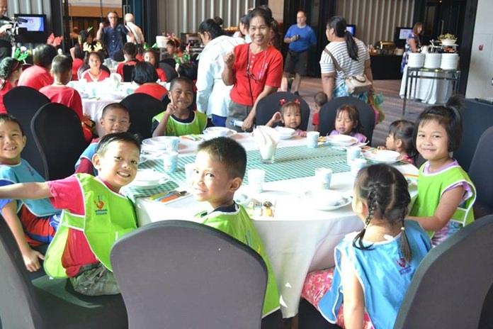 The Holiday Inn Pattaya was gracious enough to provide a special free breakfast - much to the enjoyment of the 20 plus children from Hand to Hand Foundation.