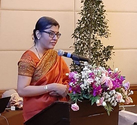 H.E. Mrs. Suchitra Durai addresses the Indian community during 'high tea' held at the Centara Grand Mirage Resort Pattaya.