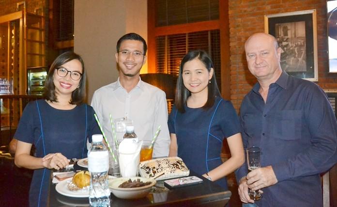 The Bangkok Hospital Pattaya team, Wallaphan Sawasdikool, Metas Pukmahamad and Janya Rattanaliam with Neil Farrell (Elastomer Products).