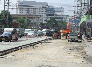 Traffic is a mess in South Pattaya - but officials promise construction will be done by December 23. We can only hope they mean this year.