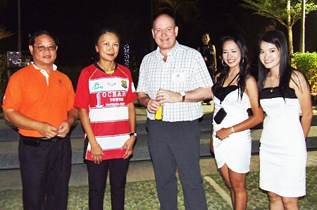 (L to R) Itthikorn Eurpornpaisarn, resort general manager of Horseshoe Point; Linda Srifuengfung, CEO of Horseshoe Point; Graham Macdonald, director of the British Chamber of Commerce Thailand; Wanatcha Phetkaew, senior tenancy and customer service officer of Horseshoe Point; and Chawanporn Kaewkaemtong, sales executive of Horseshoe Point.