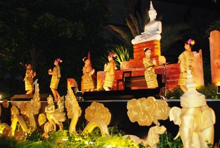 Nang Noppamas dancers perform beautifully at the Amari Orchid Resort.