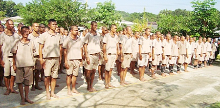 84 Sattahip area convicts are released to the care of the Sattahip Naval Base so they could spend time with their fathers.