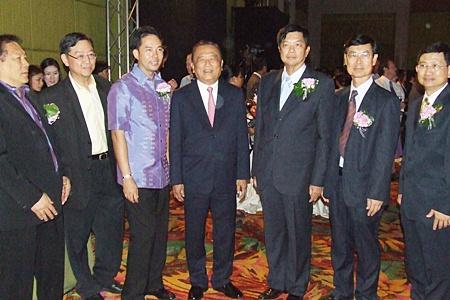 (L to R) Former MP Chanyuth Hengtrakul; Dr. Kitwit Lertusahakul, Deputy CEO of group 1; Mayor Itthiphol Kunplome; Dr. Prasert Prasatthong-Osoth, chief executive and director of Bangkok Dusit Wetchakarn (Public) Co., Ltd.; Chonburi Deputy Governor Pornchai Kwansakul; Banglamung District Chief Mongkol Thamakittikhun and Dr. Prayuth Somprakit, CEO of the Bangkok Hospital Eastern Group.
