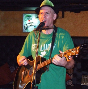 Dicey Reilly's will feature Lee Shamrock, one of the great entertainers, who agreed to come down for the one year party on Saturday Dec. 18.