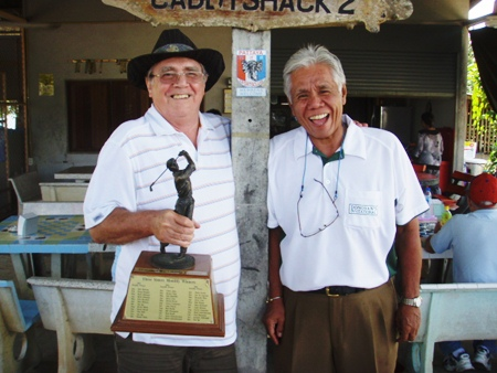 Larry Emerson, left, with runner-up Sus Ige.