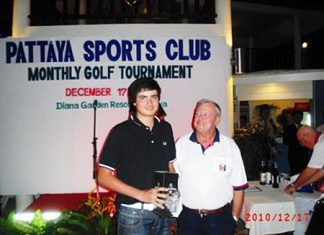 Low Gross winner, Patrick Kelly, left, with Golf Chairman Joe Mooneyham.