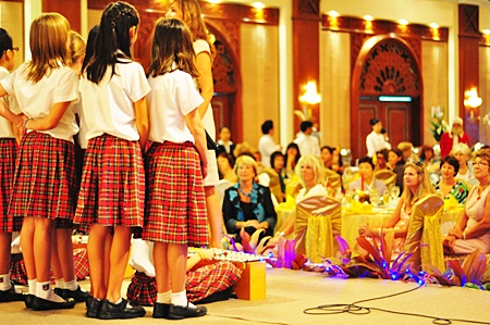 The Pattaya International Ladies enjoy the Regent's choir.