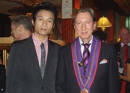 (L to R) Kasamsak Tar and Remy Hofmann.