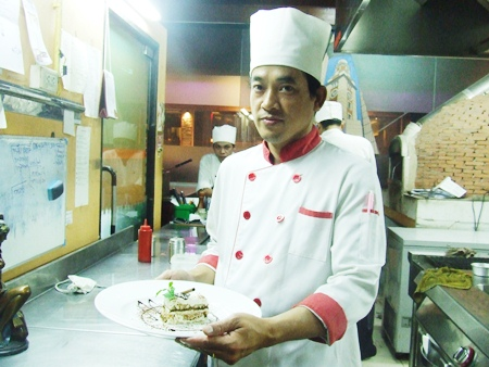 Gian's Chef Pachara Phanpool prepares to serve delicious dessert.