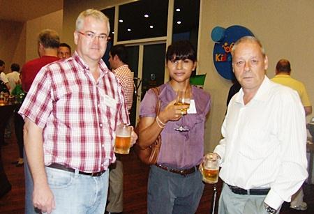 Okko Sprey (Plus Consultant Co. Ltd), Araya Somjit and Fred de Brouwer (Triskelion Trading Company).