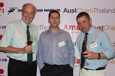 John Anderson (centre), President of AustCham Thailand speaks to his personal PR men, Pattaya Mail correspondent extraordinaire, Dr. Iain Corness (left), and Paul Strachan, the man who 'loves PMTV'.