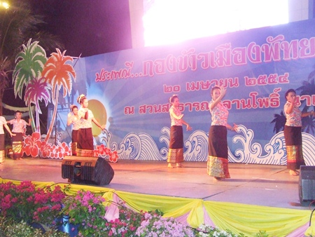 Beautiful Thai dancers perform to appease the gods.