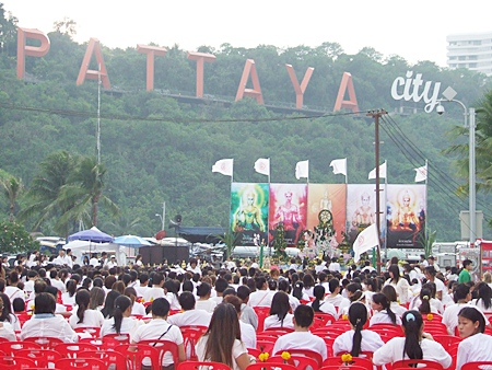 Thousands of people from across the country flocked to Bali Hai pier for the merit making ceremony.