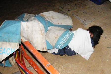Police and Sawang Boriboon medics tended to the woman, then clothed her and returned her to the worker camp.