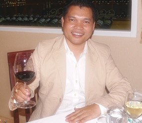 Natthachai Chaiyaprom of BNK Pattaya Wine Gallery sponsored the wines.