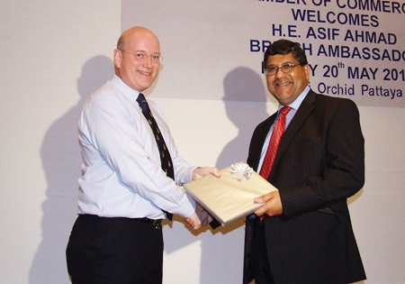 Graham Macdonald presents a token of appreciation to HE Asif Ahmad after his most enjoyable and informative talk.