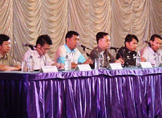 (L to R) Tatpol Iam-ngam, deputy district chief, Security Division; Noraset Sritapatso, senior deputy district chief of Banglamung; Chaowalit Saeng-Uthai, Banglamung district chief; Pol. Col. Nanthawut Suwanla-Ong, superintendent of Pattaya Police; Pol. Lt. Col. Kritsakorn Thong-In, deputy superintendent of Pattaya Police, Crime Suppression; and Bandit Siritanyong, Pattaya Entrepreneurs club president lay down the law with entertainment entrepreneurs.
