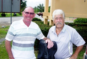 Ray & Jimmy arrive back at Mulligans after Tuesday's round.