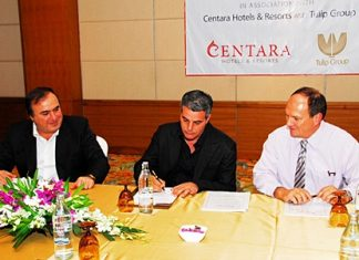 David Marciano and Kobi Elbaz (MD Tulip Group) sign a contract with Kevin Wallace (President Centara Hotels & Resorts) to develop the Centara Avenue Residence and Suites in Central Pattaya.