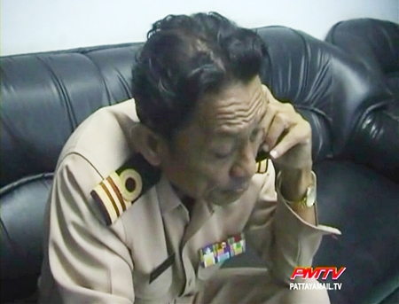 The anxious naval officer tries to contact his drug dealing son.