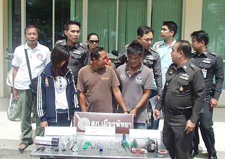 Sompong Saowarot, Wanchai Ekjeen and Thimpika Sangrocha have been remanded to custody on suspicion of grand theft.