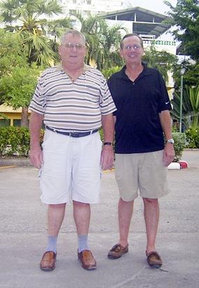 Weekly winners Burnie Sinclair and Mike Missler.