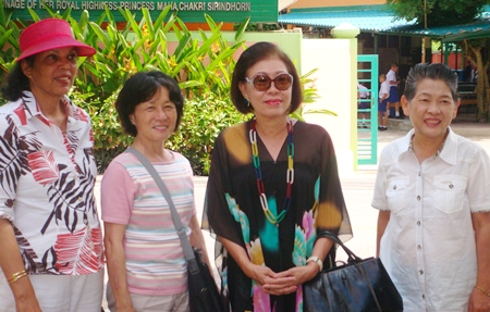 (L to R) Teresa Wise, Tami Kojima, Noorirat Noparatnaraporn and Dharat Pitaksit visit the School for the Blind in Pattaya.