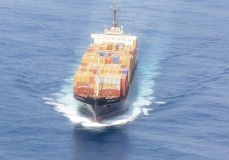 Thai forces chase off the pirates, allowing free passage for the MSC Namibia II.