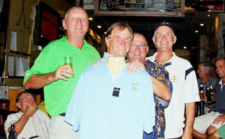 Medal winners, Bob Newell and Don McMillan with Brad (Kaptain Klipboard) and Jack Spencer.