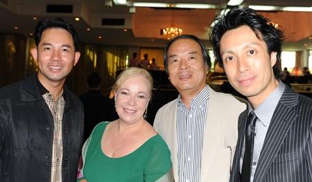 Mayor Itthiphol Kunplome welcomes Dr. Donna Tatsuki, Shigeru Tatsuki and pianist Kanji Wakiyama.